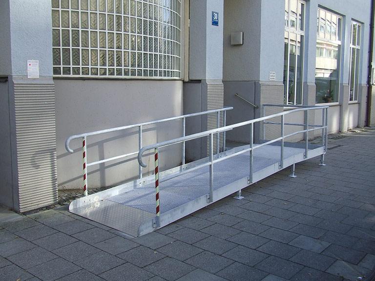 Rampen Für Rollstuhlfahrer Behindertenrampen